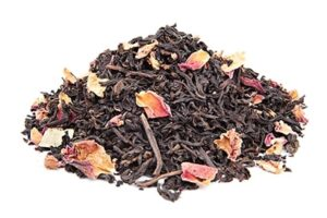 תה שחור עם ורדים