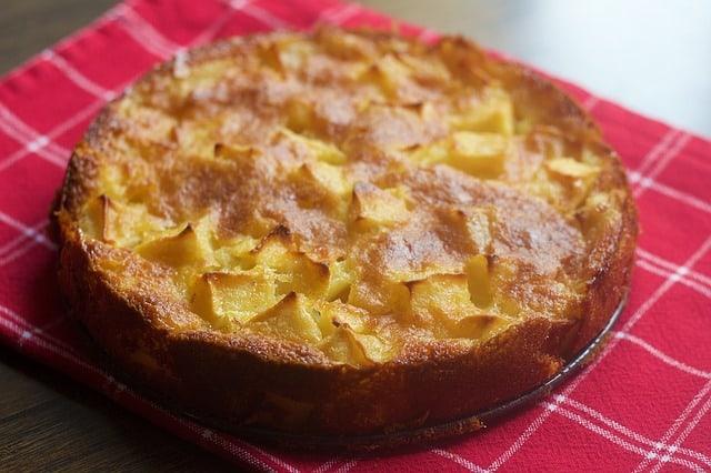 עוגת תבלינים ותפוחים